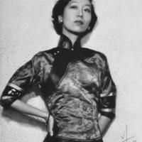 Zhang_Ailing_1954.jpg